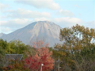 大山と砂丘 001_t